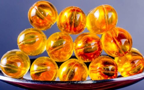 interactions between blood thinners and fish oil